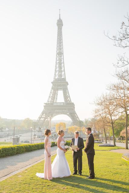 elopement eiffel tower