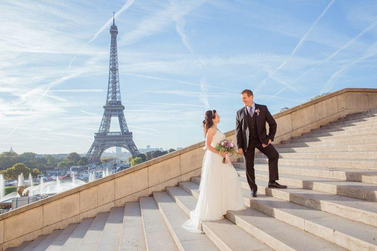 Eiffel Tower elopement wedding trocadero stairs